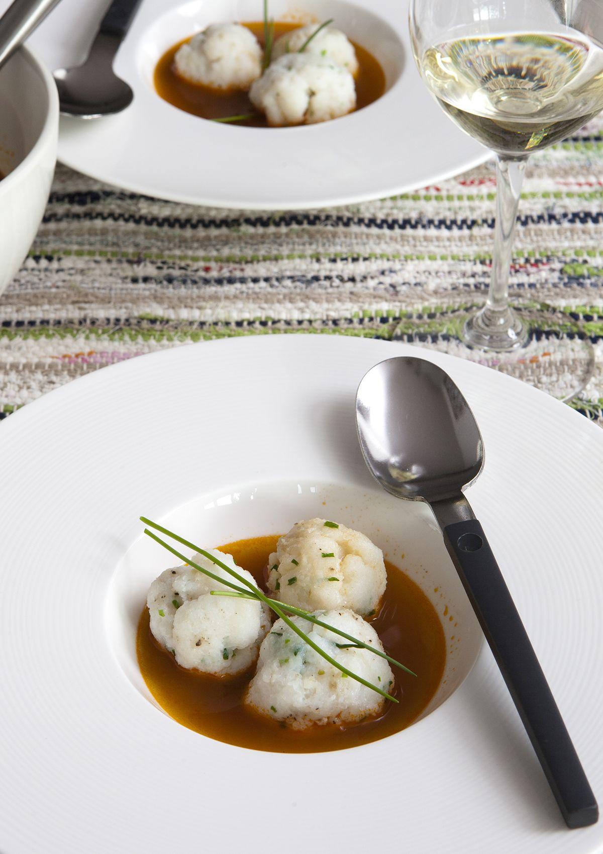 Gekruide visballetjes met bisque